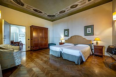 Two Bedrooms Apt - Duomo view ( 2 pax)